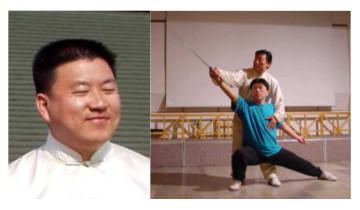 Levo: angelski nasmešek Chena Yingjuna. Desno: Chen Xiaowang poučuje svojega sina Yingjuna.
